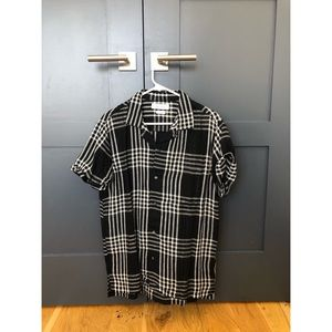 Plaid, camp collar shirt - UO - size M